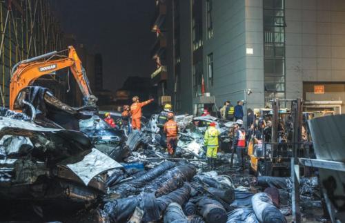 海宁污水罐倒塌事故9人死亡 工人:设备不坏 从不停工