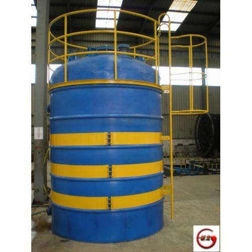 江苏省高新技术企业-无锡新龙滚塑储罐,贮罐,运输槽罐